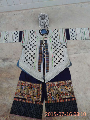 Yi Men's Costume from Malipo, Yunnan